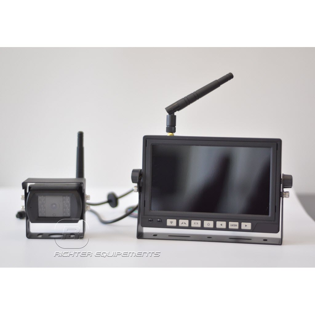 Photo du moniteur et camera de recul sans fil à connectiopn 24 volts