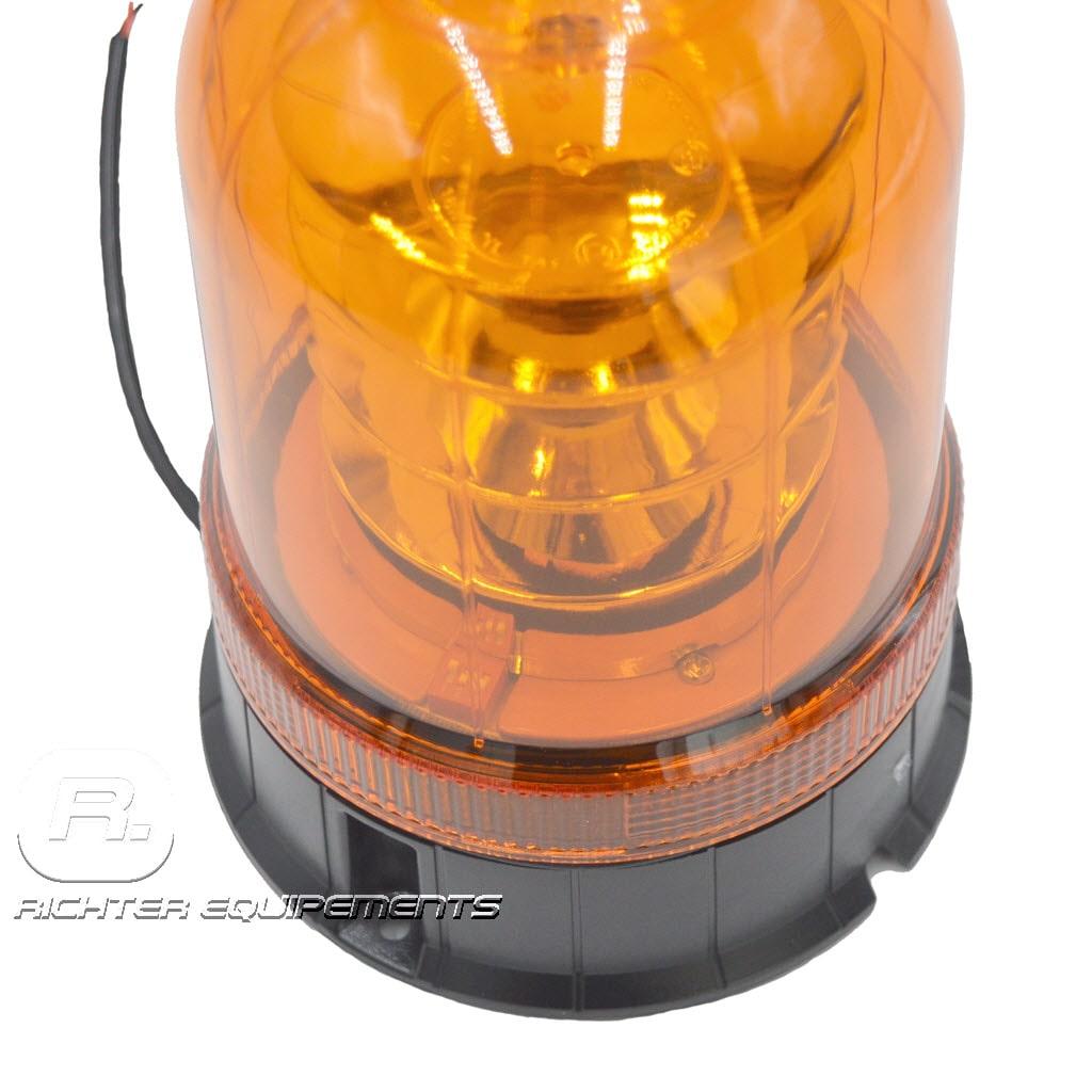 Gros plan sur Gyrophare led orange poids lourd avec câble d'alimentation