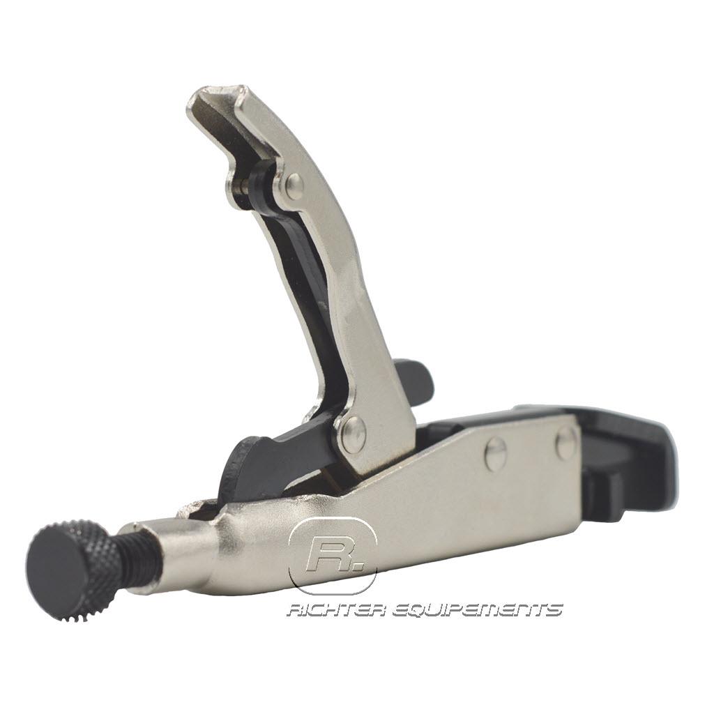 Pince à sertir câble connecteur vue arrière