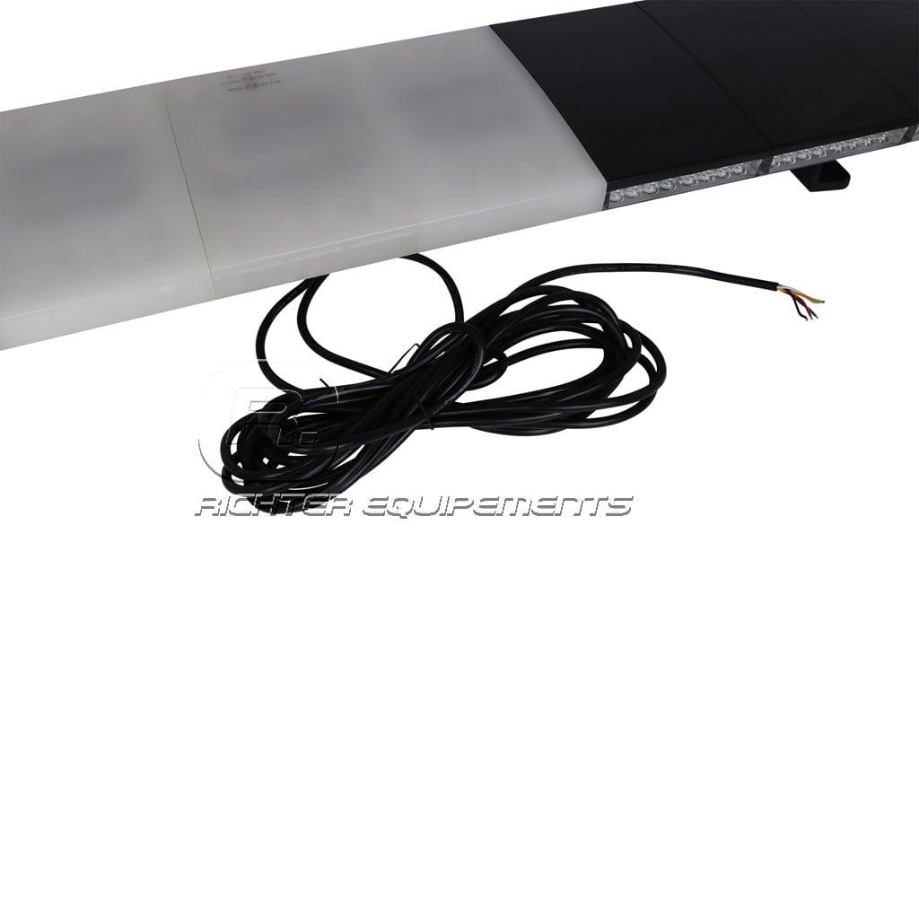 Rampe de gyrophare led vue sur câble d'alimentation