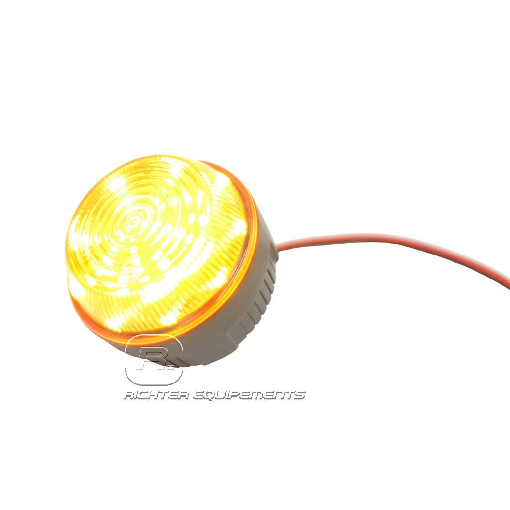 Gyrophare flash led avec feux à éclat allumé